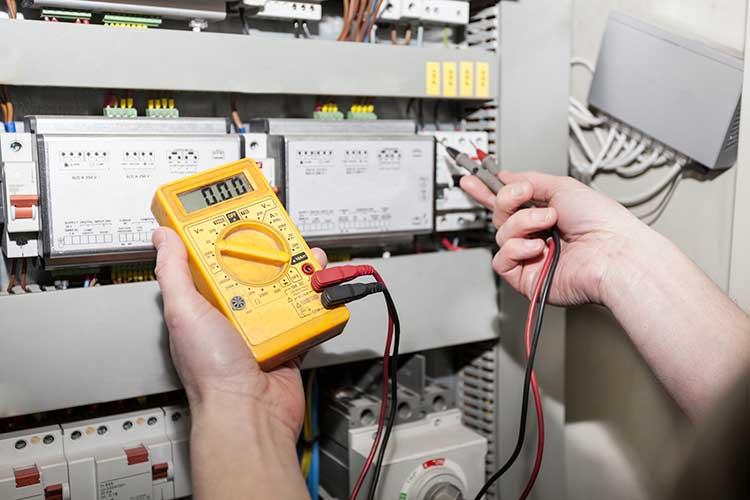Comment devenir électricien?