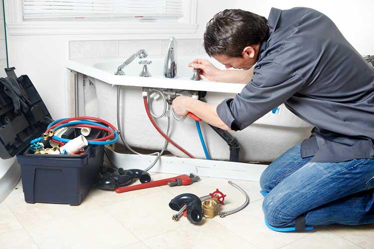 prix plombier pour rénovation plomberie