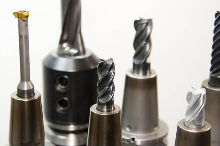Artisans : les meilleures marques d'outils pour professionnels