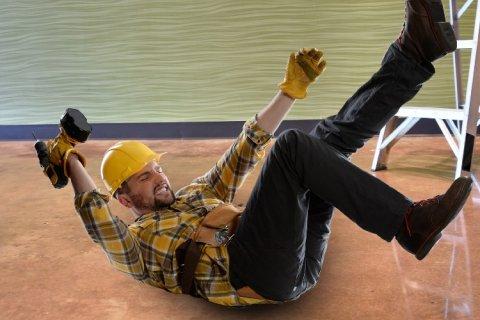 Accident de travail dans le BTP : déclaration, indemnisation et maintien de salaire